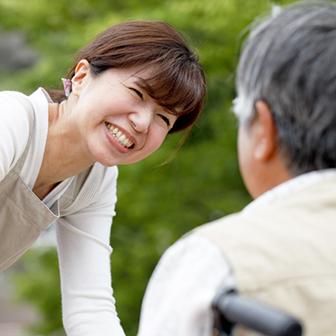 介護ヘルパーと訪問介護事業所をつなぐ求人アプリ|さんきゅーヘルパー